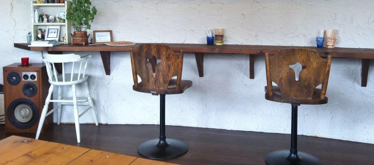 カフェレストランの椅子