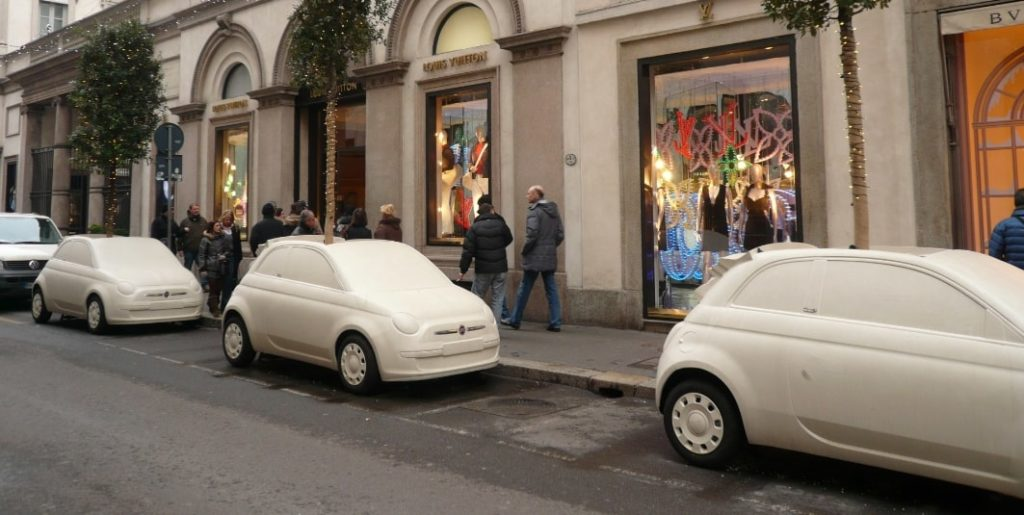ミラノの車