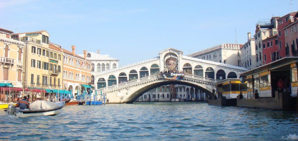 イタリアの橋(ベネチア)