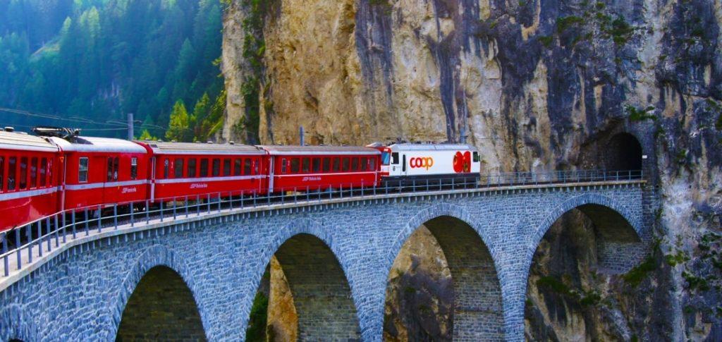スイスの電車
